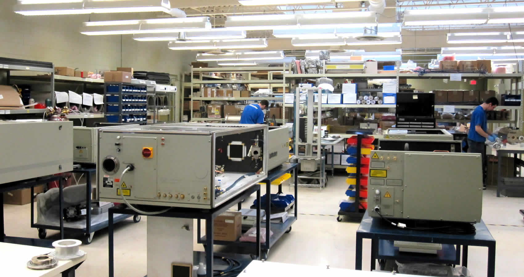 building-CO2-and-excimer-lasers-4.jpg